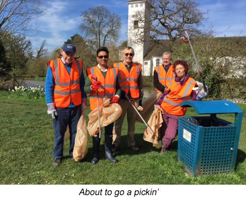 Litter Pickers get going in Weston Green